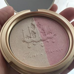TOOFACED CANDLELIGHT GLOW ✨ in color: ROSY GLOW